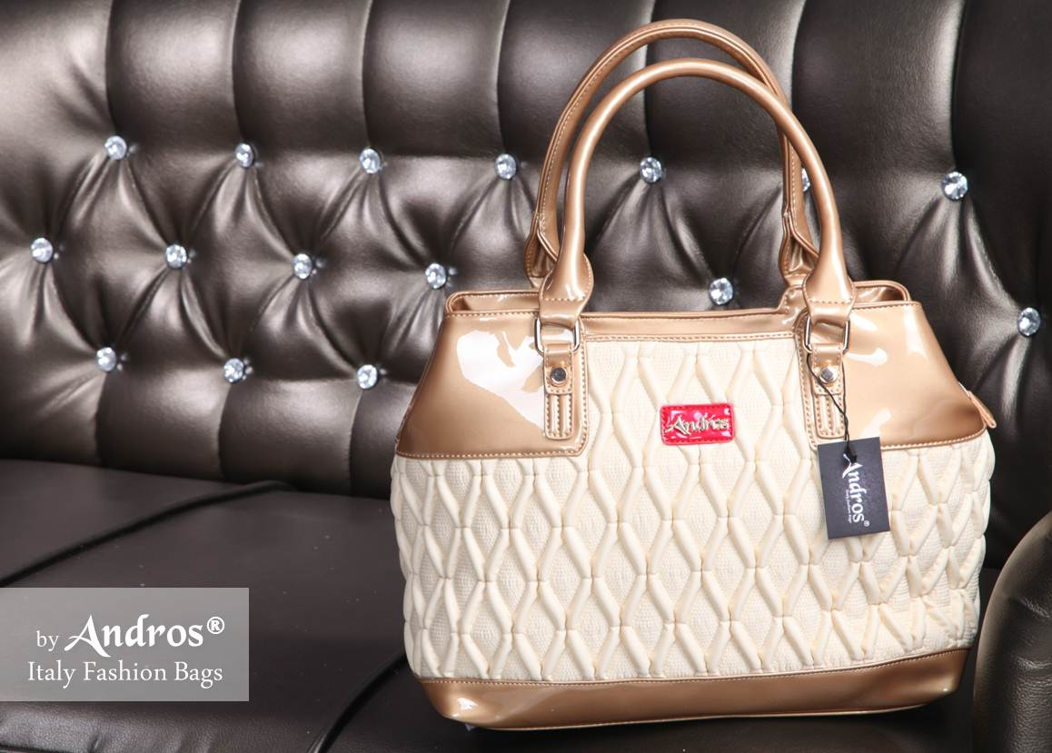 Tas 147 Grosir Branded Fashion Wanita Cantik New Style Ab0270 Idr 255000 Material Pu Size L38xh27xw15cm Weight 1200gr Color Beige