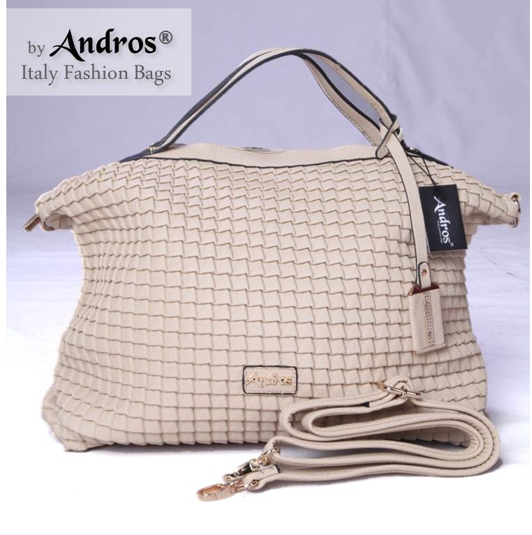 AB3831 IDR 255.000 MATERIAL PU SIZE L42XH32XW16CM WEIGHT 1050GR COLOR BEIGE