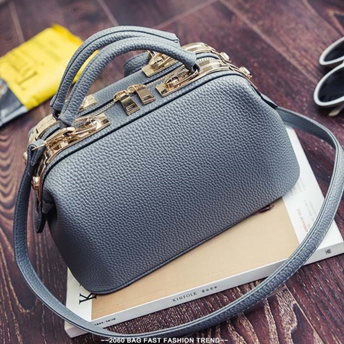 B0515 IDR.180.000 MATERIAL PU SIZE L26XH16XW14CM WEIGHT 700GR COLOR GRAY