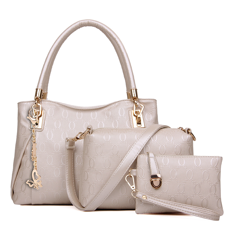 B067-(3in1) IDR.195.000 MATERIAL PU SIZE BIG-L31XH24XW14CM,MEDIUM-L24X17X7CM,SMALL-17X12CM WEIGHT 1000GR COLOR BEIGE