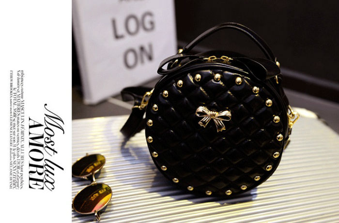 B085 IDR.172.000 MATERIAL PU SIZE L20XH20XW10CM WEIGHT 550GR COLOR BLACK