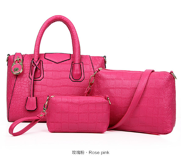 B1034(3in1) IDR.240.000 MATERIAL PU SIZE L33XH24XW15CM WEIGHT 1400GR COLOR ROSE