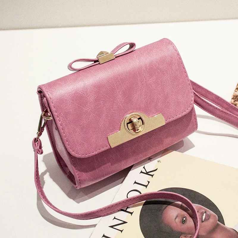 B1043 IDR.148.000 MATERIAL PU SIZE L18XH15XW9CM WEIGHT 600GR COLOR PINK