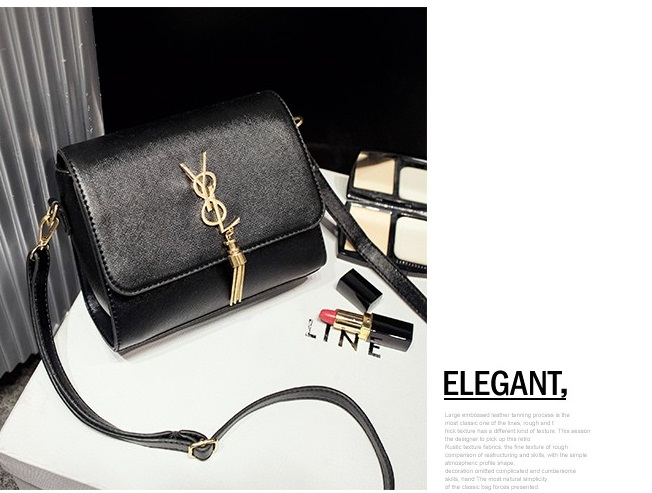 B1088 IDR.162.000 MATERIAL PU SIZE L30XH20XW13CM WEIGHT 450GR COLOR BLACK.jpg