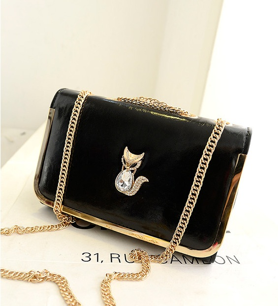 B1114 IDR.154.000 MATERIAL PU SIZE L26XH17XW10CM WEIGHT 500GR COLOR BLACK.jpg