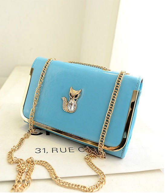 B1114 IDR.160.000 MATERIAL PU SIZE L26XH17XW10CM WEIGHT 500GR COLOR LIGHTBLUE