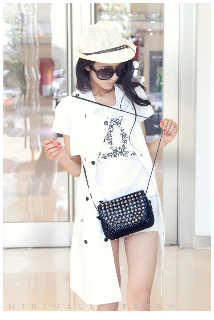 B1144 IDR.162.000 MATERIAL PU SIZE L20XH16XW6CM WEIGHT 550GR COLOR BLACK