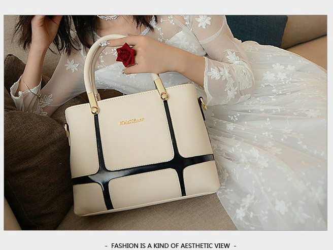 B1159 IDR.195.000 MATERIAL PU SIZE L28XH21XW11CM WEIGHT 850GR COLOR BEIGE