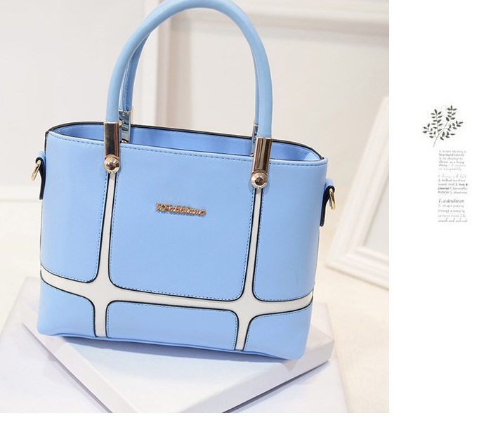 B1159 IDR.198.000 MATERIAL PU SIZE L28XH21XW11CM WEIGHT 850GR COLOR BLUE