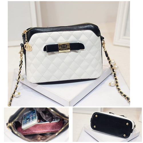 B1190 IDR.186.000 MATERIAL PU SIZE L24XH17XW11CM WEIGHT 550GR COLOR WHITE