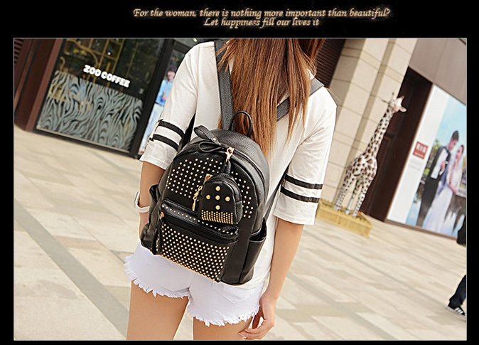 B1199 IDR.195.000 MATERIAL PU SIZE L25XH30XW14CM WEIGHT 900GR COLOR BLACK