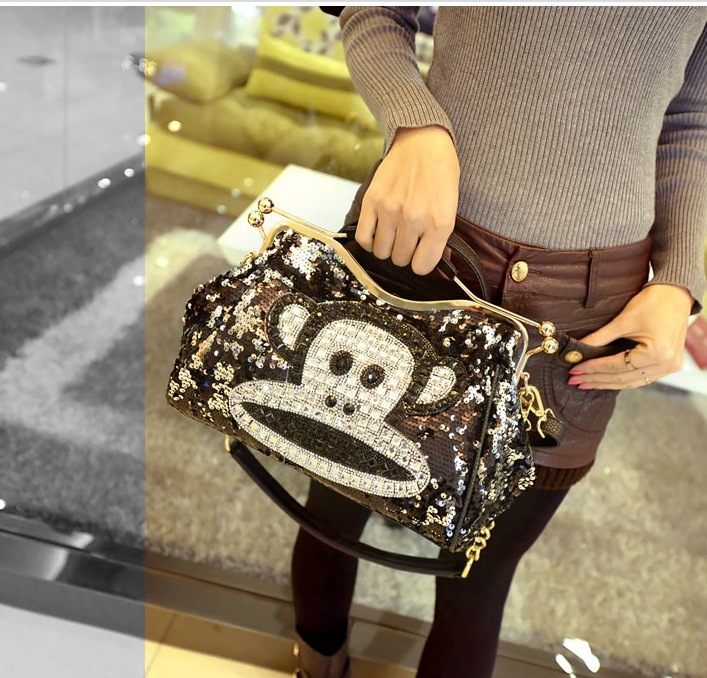 B1205 IDR.245.000 MATERIAL SEQUIN+PU SIZE L30XH20XW12CM WEIGHT 950GR COLOR PAULFRANK.jpg