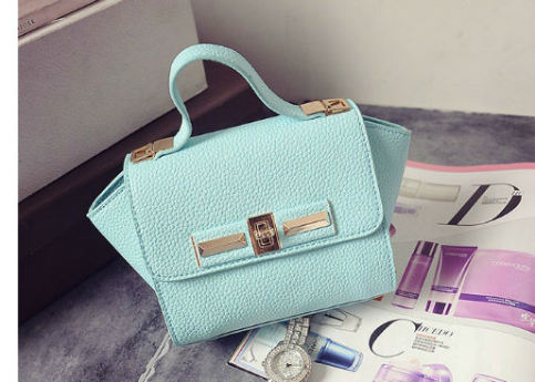 B1229 IDR.150.000 MATERIAL PU SIZE L26XH14XW10CM WEIGHT 600GR COLOR GREEN