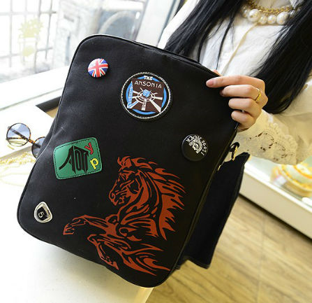 B1317 IDR.18O.OOO MATERIAL CLOTH SIZE L28XH36XW11CM WEIGHT 550GR COLOR BLACK.jpg