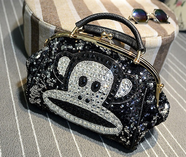 B1500 IDR.235.000 MATERIAL PU SIZE L27XH21XW13CM WEIGHT 800GR COLOR PAULFRANK