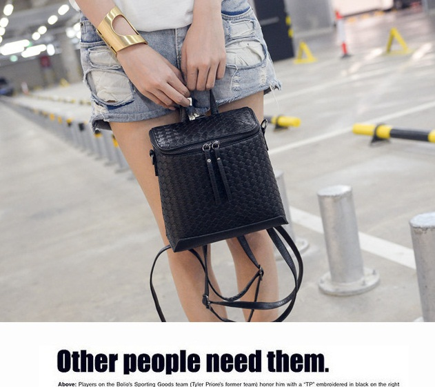 B1565 IDR.194.000 MATERIAL PU SIZE L21XH19CM WEIGHT 650GR COLOR BLACK.jpg