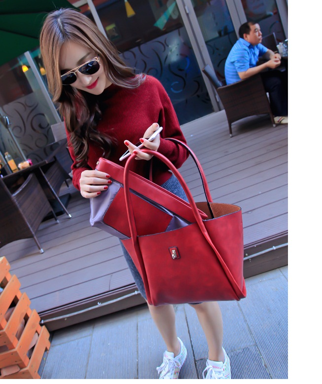 B1653-(2in1) IDR.186.000 MATERIAL PU SIZE L40-26XH21XW14CM WEIGHT 850GR COLOR RED