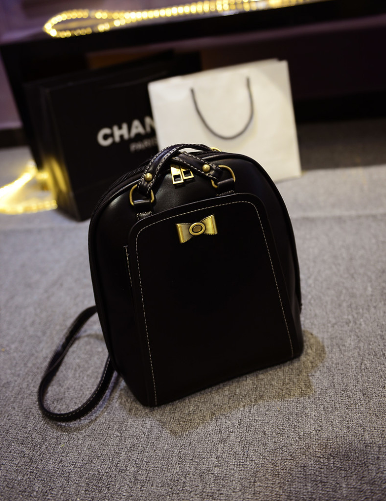 B168 IDR.186.000 MATERIAL PU SIZE L24XH29XW10CM WEIGHT 700GR COLOR BLACK