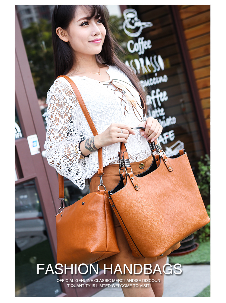 B1703-(2in1) IDR.198.000 MATERIAL PU SIZE L31XH27XW15CM WEIGHT 800GR COLOR BROWN