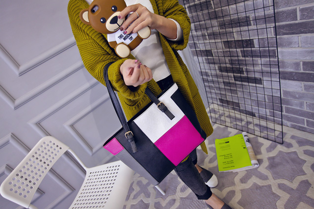 B1761 IDR.175.000 MATERIAL PU SIZE L30XH28XW12CM WEIGHT 750GR COLOR PINK