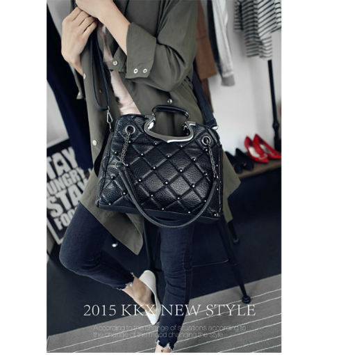 B1766 IDR.201.000 MATERIAL PU SIZE L33XH25XW11CM WEIGHT 850GR COLOR BLACK