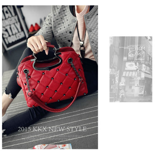B1766 IDR.201.000 MATERIAL PU SIZE L33XH25XW11CM WEIGHT 850GR COLOR RED