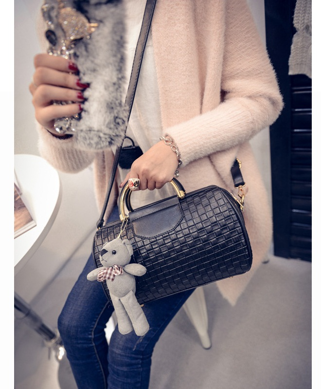 B1849 IDR.182.000 MATERIAL PU SIZE L26XH18XW15CM WEIGHT 650GR COLOR BLACK.jpg