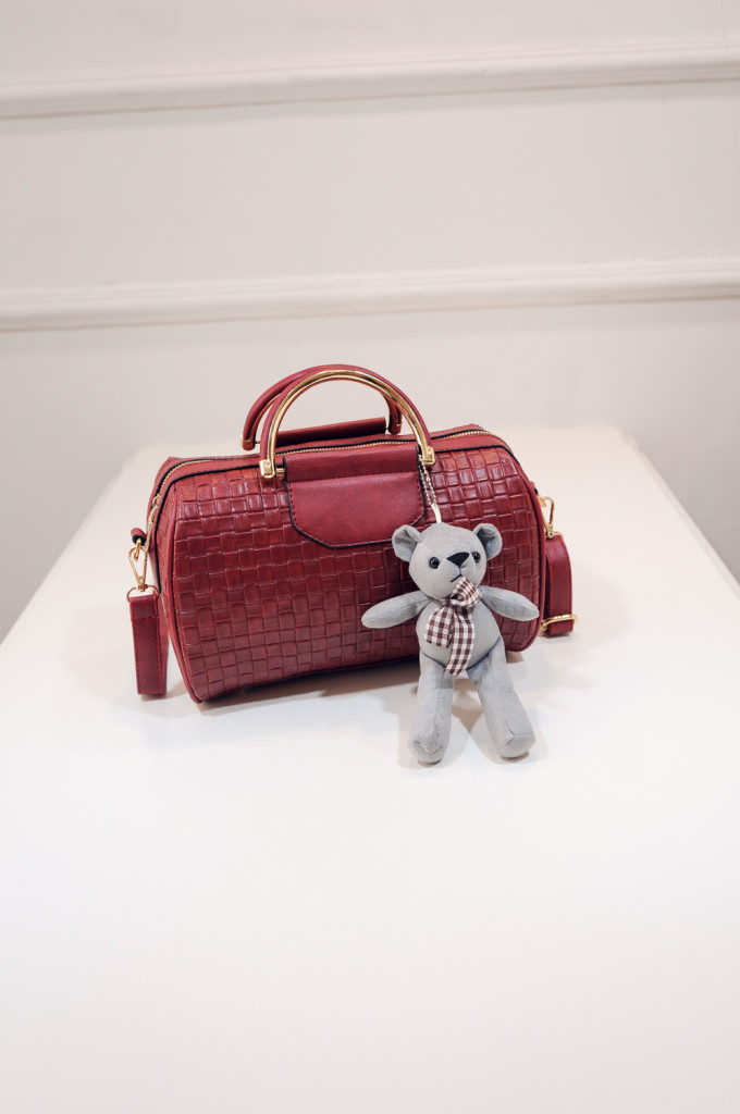 B1849 IDR.182.000 MATERIAL PU SIZE L26XH18XW15CM WEIGHT 650GR COLOR RED.jpg