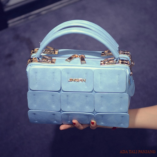 B1866 IDR.206.000 MATERIAL PU SIZE L24XH16XW12CM WEIGHT 800GR COLOR BLUE