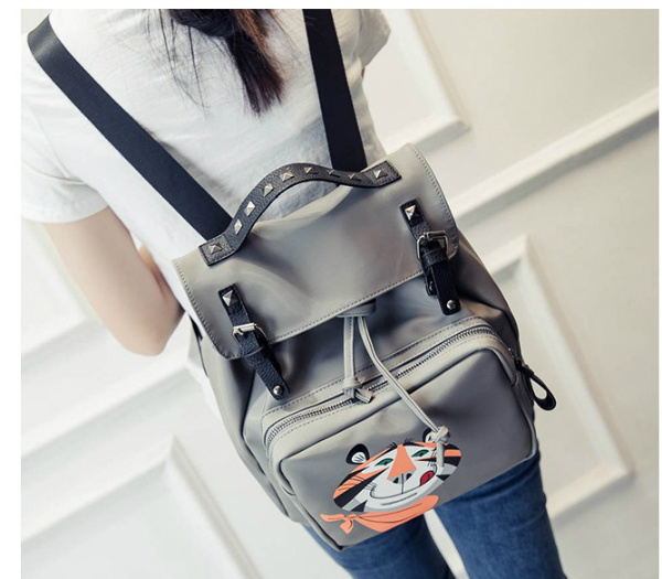 B1998 IDR.166.000 MATERIAL PU SIZE L26XH28XW15CM WEIGHT 750GR COLOR GRAY