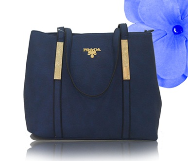 B2017 IDR.220.000 MATERIAL PU SIZE L36XH27XW14CM WEIGHT 900GR COLOR BLUE