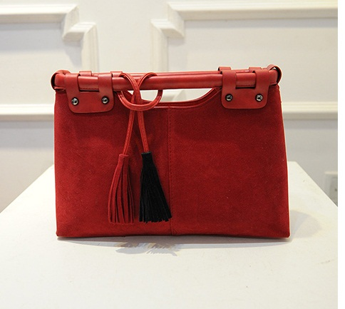 B2089 IDR.168.000 MATERIAL VELVET SIZE L33XH23XW10CM WEIGHT 750GR COLOR RED