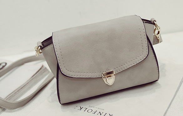 B2090 IDR.148.000 MATERIAL PU SIZE L20XH18XW13CM WEIGHT 550GR COLOR GRAY