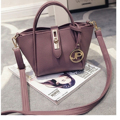 B2138 IDR.166.000 MATERIAL PU SIZE L17XH15XW12CM WEIGHT 600GR COLOR PURPLE.jpg