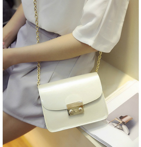 B2171 IDR.152.000 MATERIAL PU SIZE L17XH14XW8CM WEIGHT 500GR COLOR BEIGE
