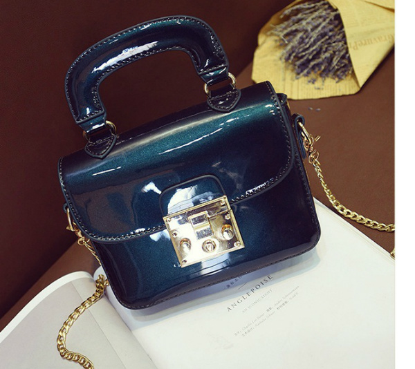 B2190 IDR.162.000 MATERIAL PU SIZE L18XH14XW7CM WEIGHT 550GR COLOR BLUE