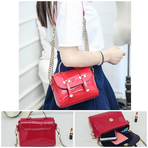 B2259 IDR.151.000 MATERIAL PU SIZE L19XH16XW9CM WEIGHT 500GR COLOR RED