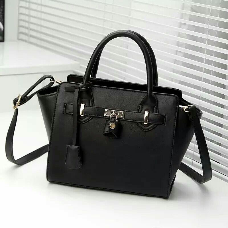 B266 IDR.197.000 MATERIAL PU SIZE L25XH24XW12CM WEIGHT 900GR COLOR BLACK.jpg