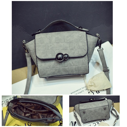 B27028 IDR.143.000 MATERIAL PU SIZE L17XH17XW8CM WEIGHT 600GR COLOR GRAY