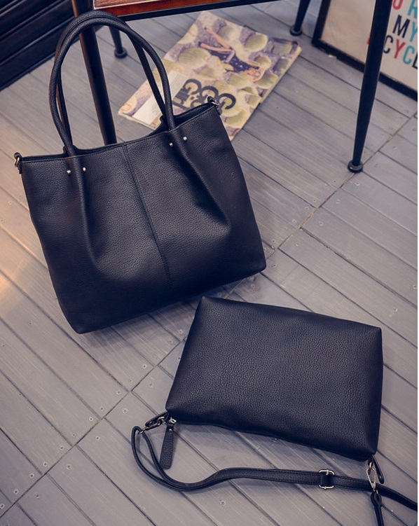 B27128-(2in1) IDR.195.000 MATERIAL PU SIZE L36XH31XW12CM WEIGHT 1000GR COLOR BLACK