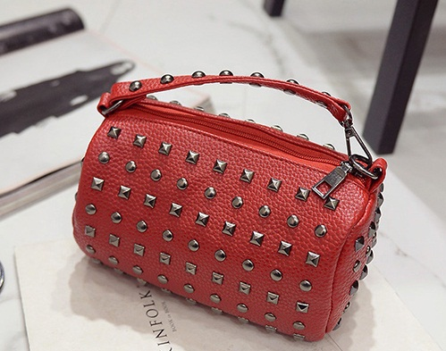 B27139 IDR.145.000 MATERIAL PU SIZE L21XH11XW11CM WEIGHT 500GR COLOR RED