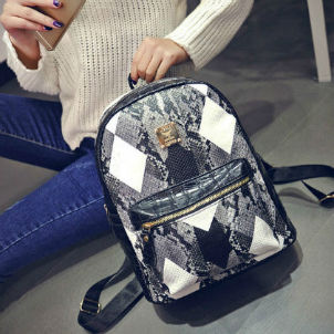B27157 IDR.180.000 MATERIAL PU SIZE L28XH33XW14CM WEIGHT 700GR COLOR BLACK