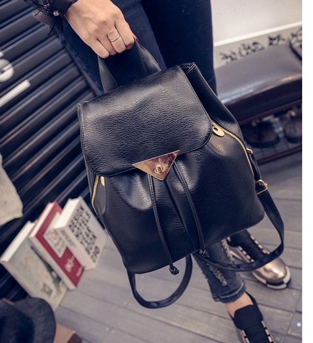 B27328B IDR.155.000 MATERIAL PU SIZE L27XH30XW13CM WEIGHT 800GR COLOR BLACK