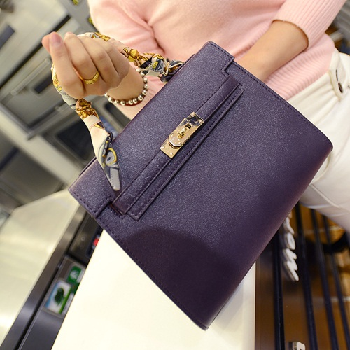 B2738 IDR.182.000 MATERIAL PU SIZE L27XH21XW11CM WEIGHT 750GR COLOR PURPLE