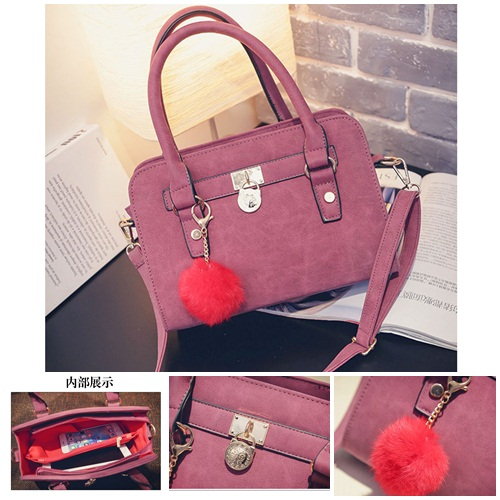 B27555 IDR.157.000 MATERIAL PU SIZE L27XH19XW10CM WEIGHT 700GR COLOR RED.jpg