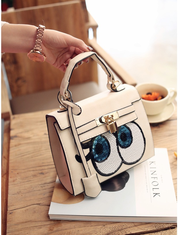 B27591 IDR.175.000 MATERIAL PU SIZE L22XH19XW9CM WEIGHT 800GR COLOR BEIGE