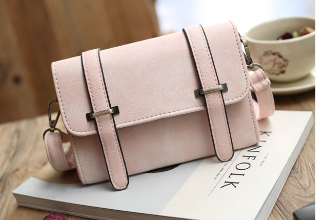 B27605 IDR.135.000 MATERIAL PU SIZE L19XH13XW8CM WEIGHT 450GR COLOR LIGHTPINK.jpg