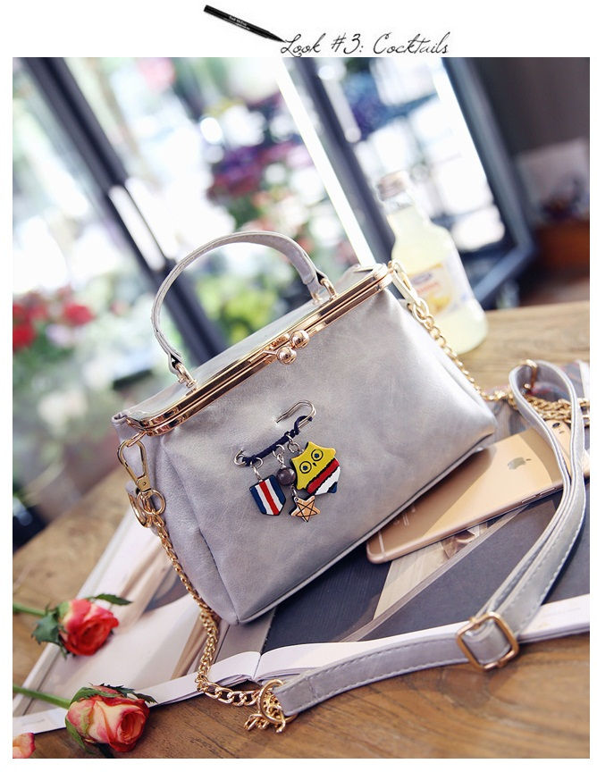 B27625 IDR.172.000 MATERIAL PU SIZE L21XH10XW5CM WEIGHT 600GR COLOR GRAY
