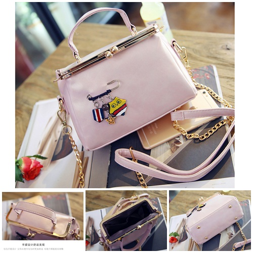 B27625 IDR.172.000 MATERIAL PU SIZE L21XH10XW5CM WEIGHT 600GR COLOR PINK
