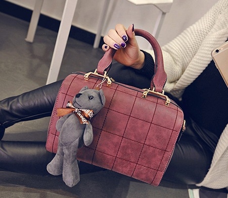 B27920 IDR.199.000 MATERIAL PU SIZE L25XH18XW15CM WEIGHT 800GR COLOR RED